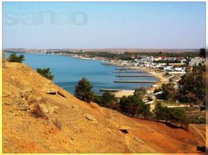 фото берега посёлка Песчаное