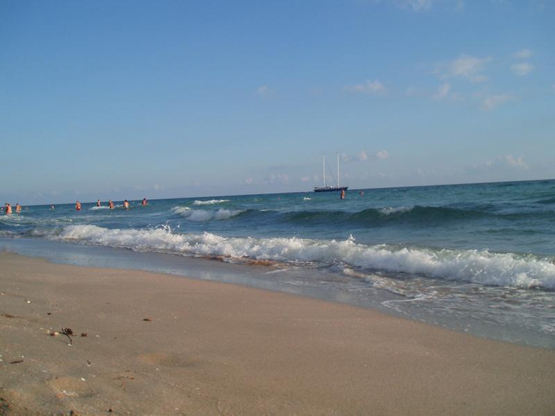 Деревня поповка пляжа 42